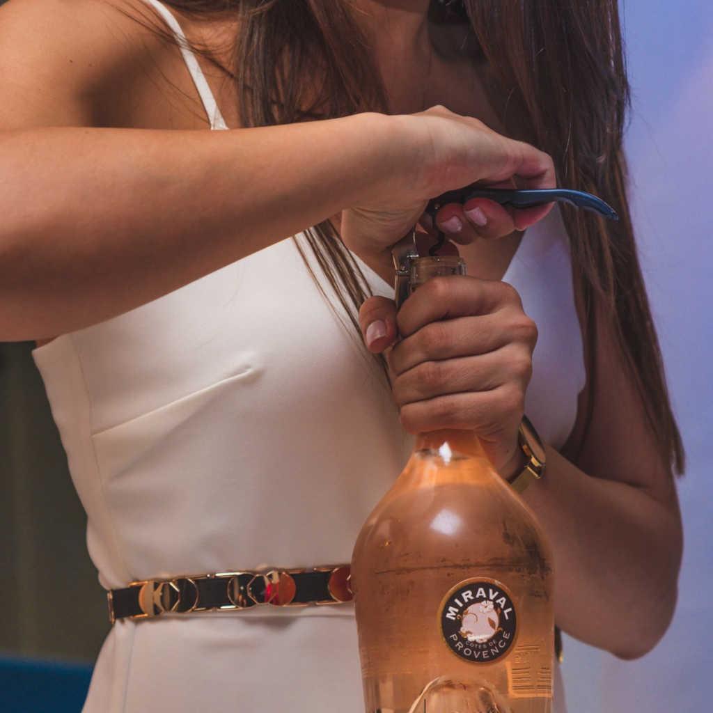 Ροζέ εμφιαλωμένα και χύμα κρασιά.